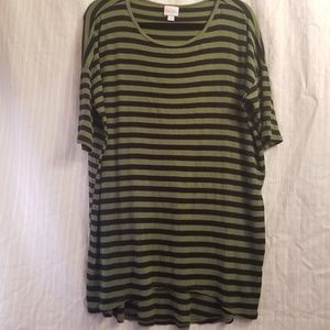 Lularoe Irma tunic green black ribbed